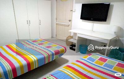 For Rent - share Room Telok kurau road landed big room attach toilet