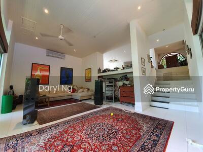 For Rent - Caldecott Hill Estate