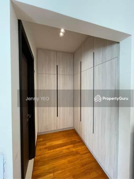 Mera Terrace #130798175