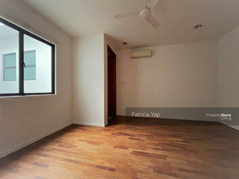 ⭐️Star Buy D13⭐️ 2.5 Storey Terrace @ near Mattar MRT, Jalan Anggerek, MacPherson #130843747