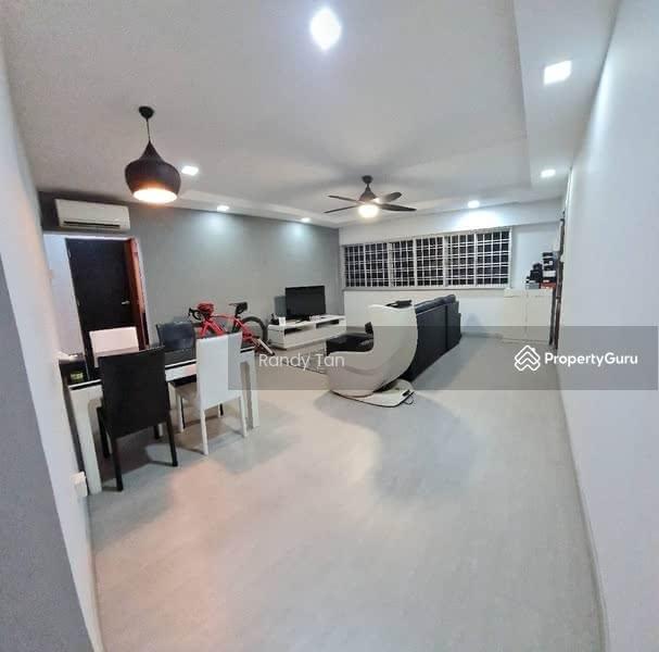 102 Hougang Avenue 1 #130925471