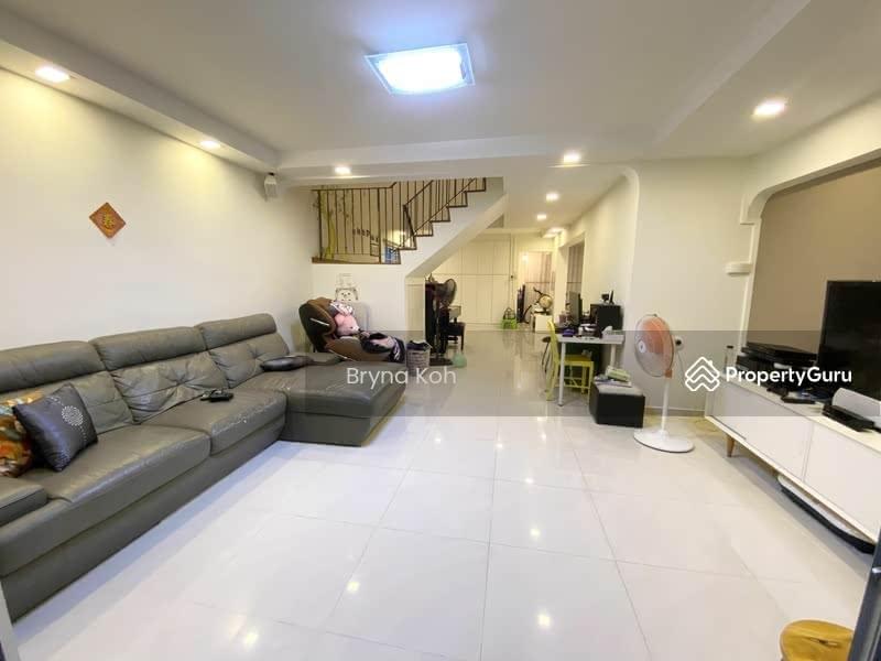 712 Hougang Avenue 2 #131152013
