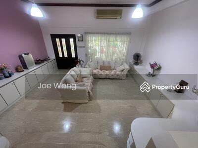 For Sale - Villa Verde