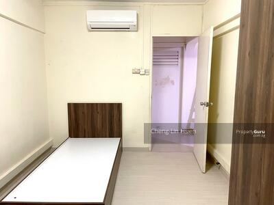 For Rent - 911 Tampines Street 91