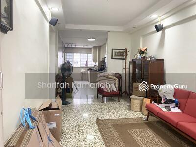 For Sale - 444 Ang Mo Kio Avenue 10