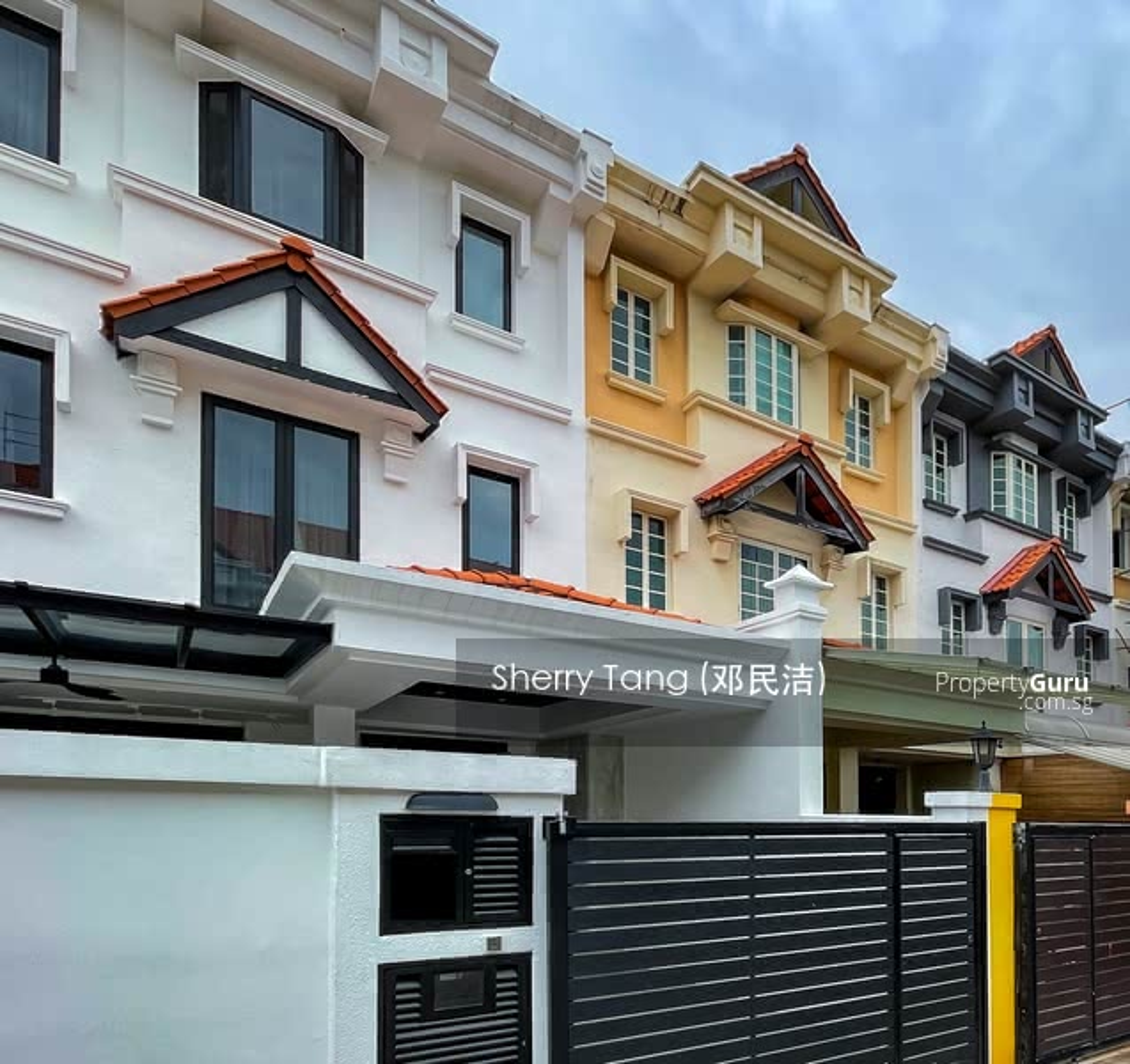 For Sale - Beautifully Renovated 2 Storey Inter-Terrace at Mera Terrace