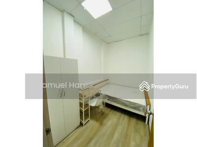 For Rent - Walk Up Room Rental at 288 East Coast Road
