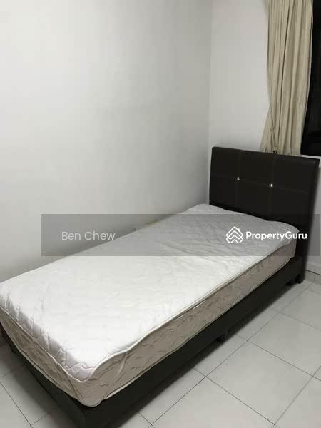 684A Jurong West Street 64 #131432105