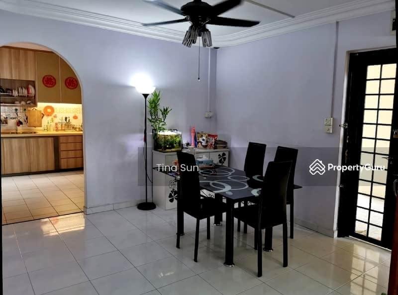 303 Tampines Street 32 #131427107