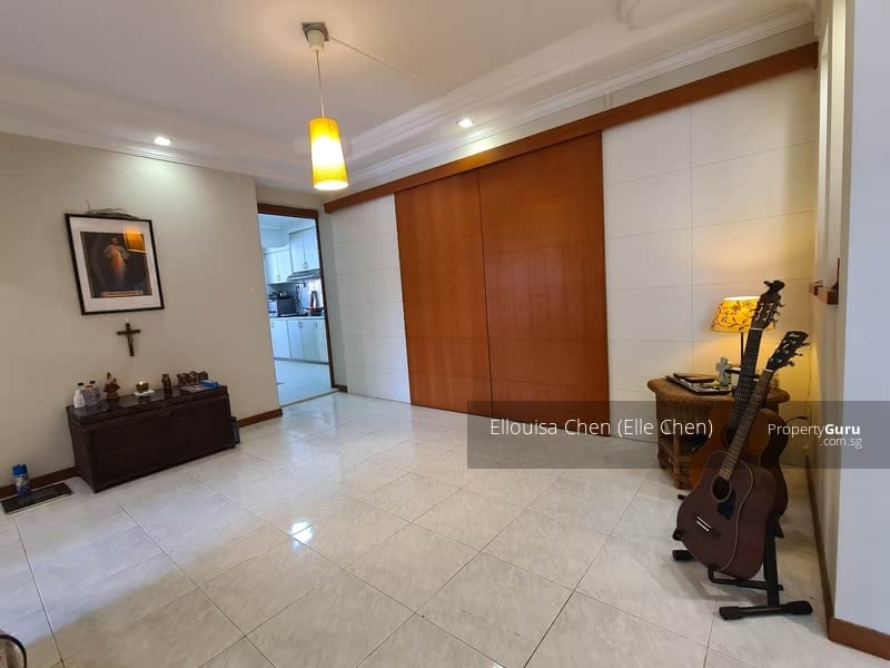 Tampines executive apartment #131456927