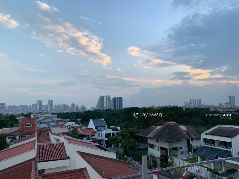 For Sale - Brand New/Lift/Swimming Pool/Hilltop with Great City View!  TOP Soon !
