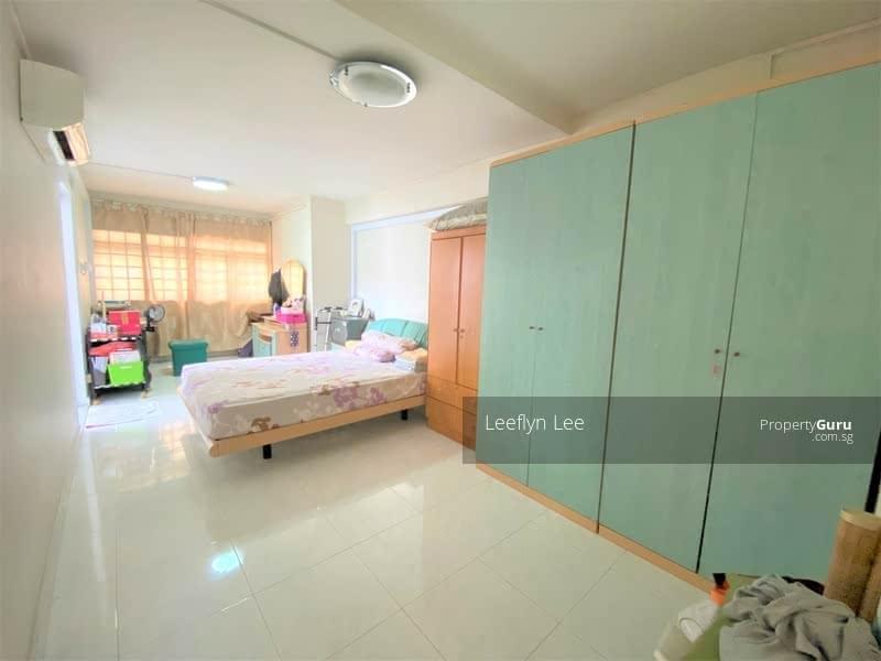 For Sale - 124 Yishun Street 11
