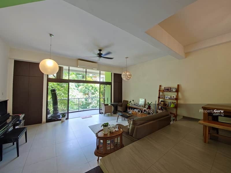 For Sale - Freehold 3 + 1 Ensuite Dual Key Unit along Upper Thomson Road