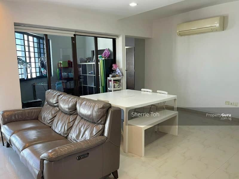 For Sale - 656C Jurong West Street 61