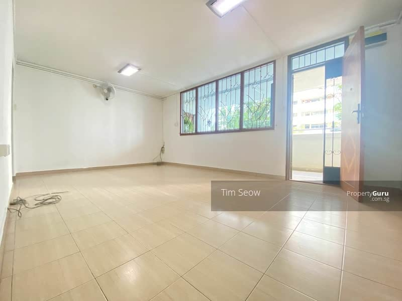 For Sale - 635 Hougang Avenue 8