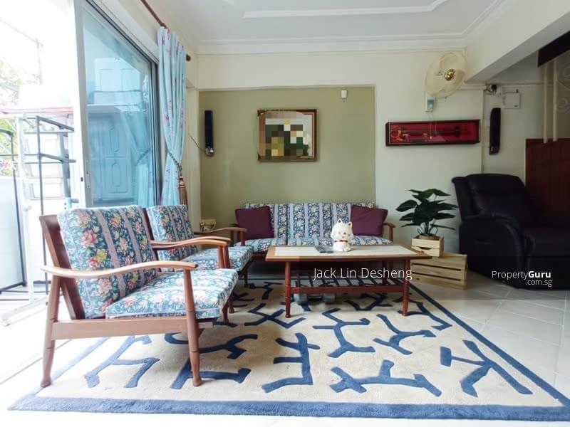 For Sale - 216 Jurong East Street 21