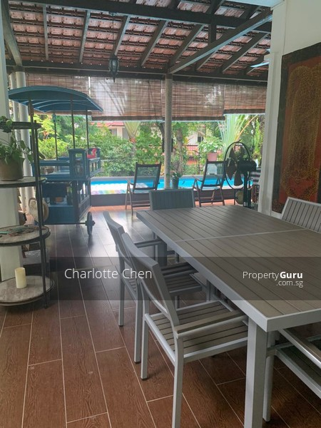 Side Terrace is great for outdoor dining and entertaining guests