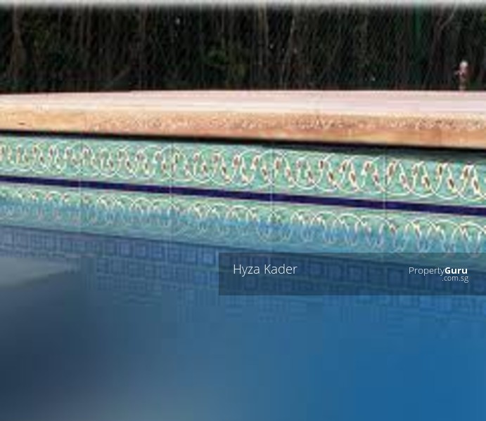 Botanic vicinity. Renovated family home GCB. Nice inground pool. Decent landscaped gdn. #59381883