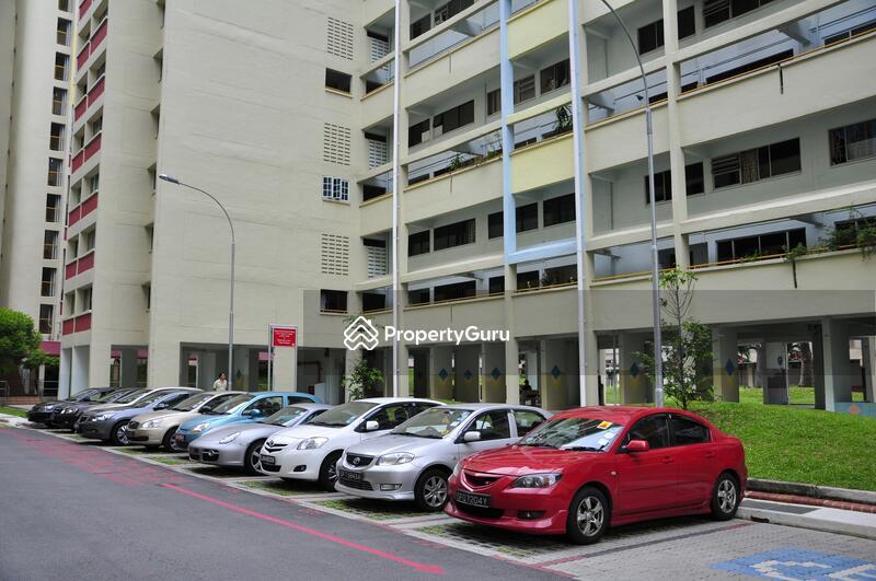 230 Hougang Avenue 1 #0
