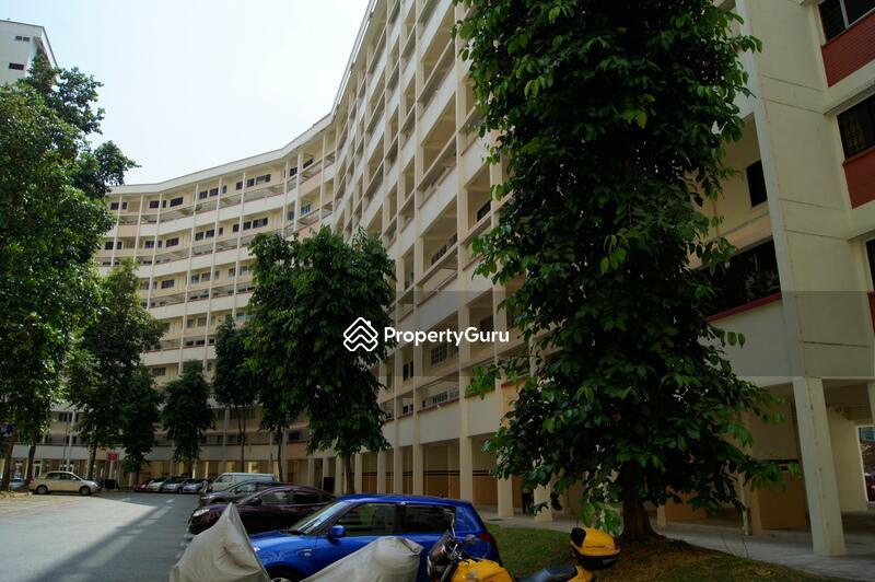 407 Hougang Avenue 10 #0