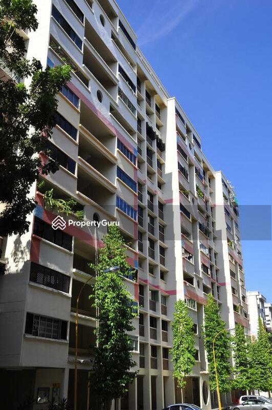 710 Hougang Avenue 2 #0