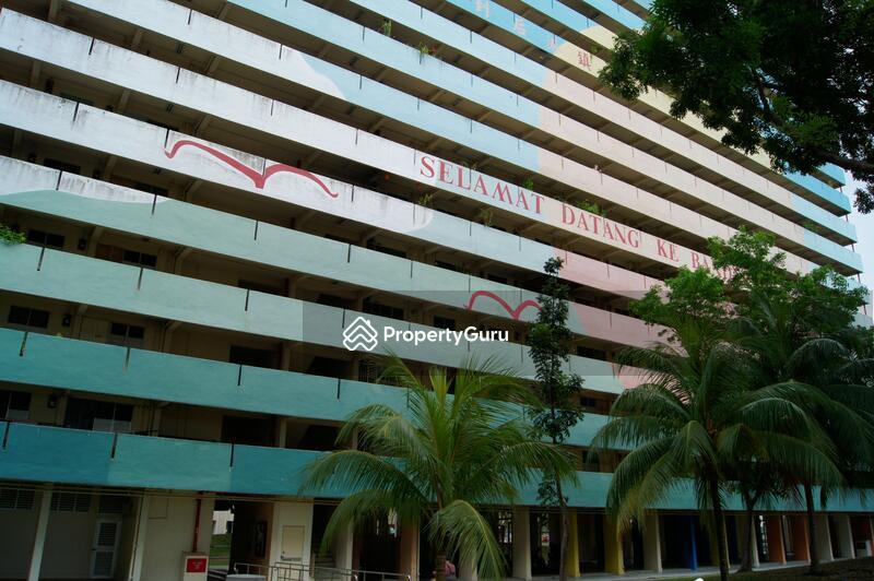25 Hougang Avenue 3 #0