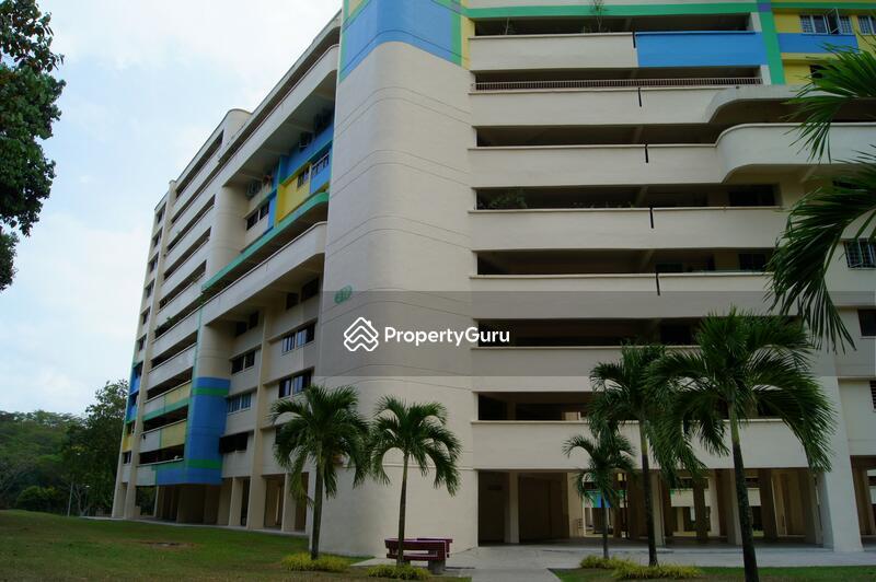 319 Hougang Avenue 5 #0