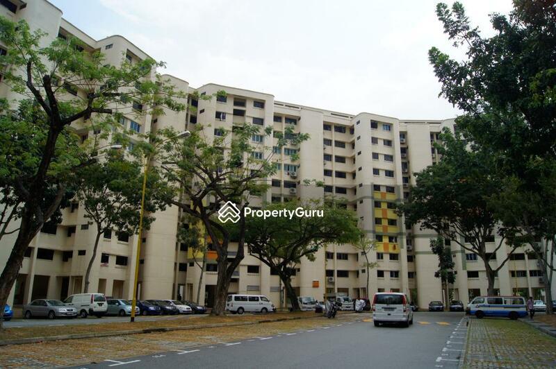 320 Hougang Avenue 5 #0