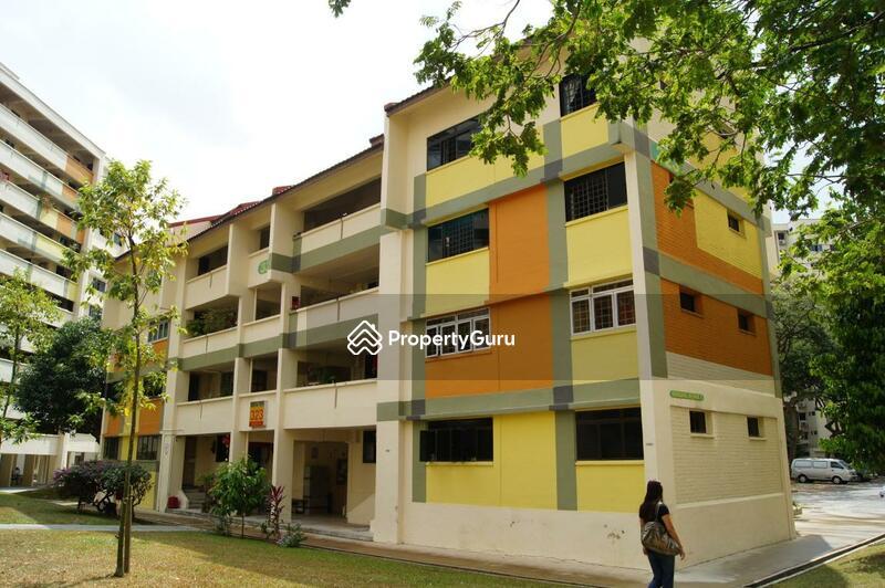 323 Hougang Avenue 5 #0