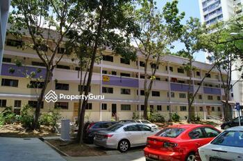 656 Hougang Avenue 8