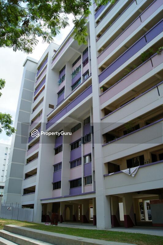 660 Hougang Avenue 8 #0