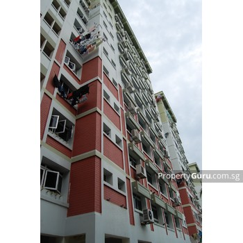 210 Pasir Ris Street 21