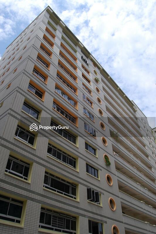 240 Pasir Ris Street 21 #0