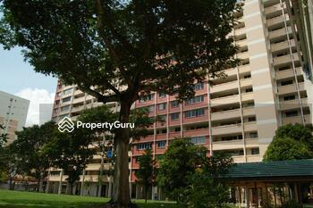 833 Tampines Street 83