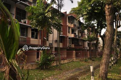 - Manor Apartment