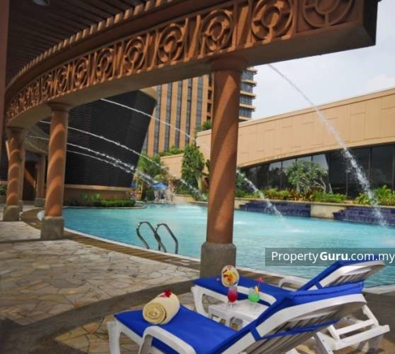 Beautiful Places In Malaysia With Description: Berjaya Times Square Condo Details In KL City, Kuala