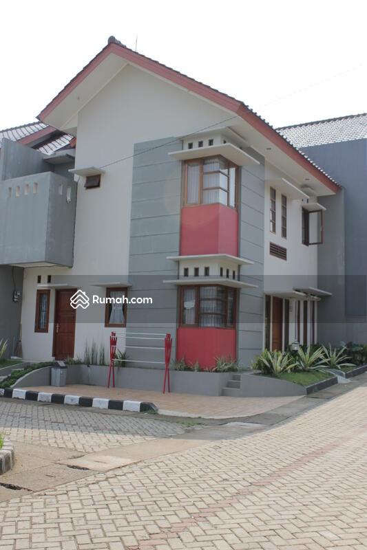 Bungur Town House #0