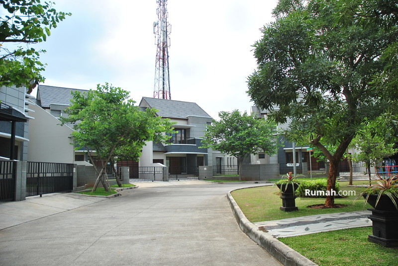 Villa Meutia Kirana  Taman Bougenville #0