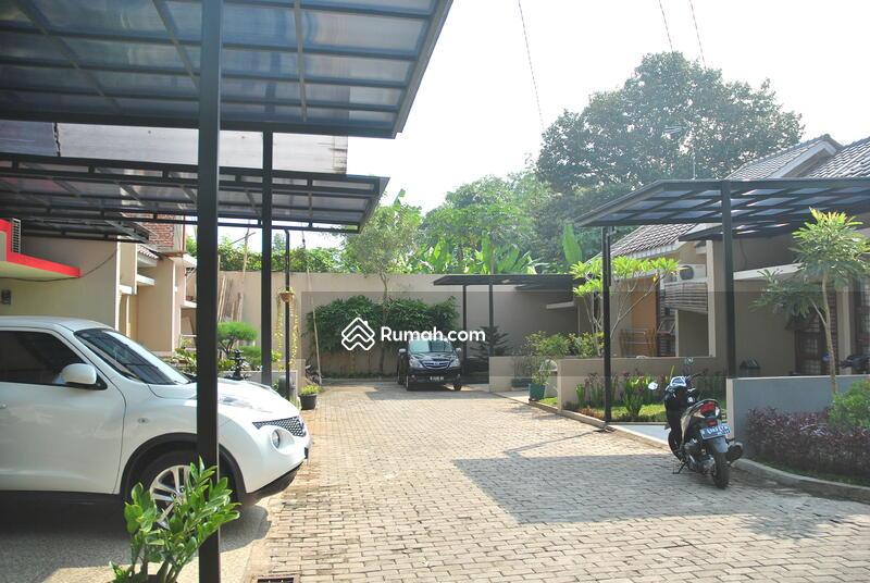 Villa Curug Indah #0