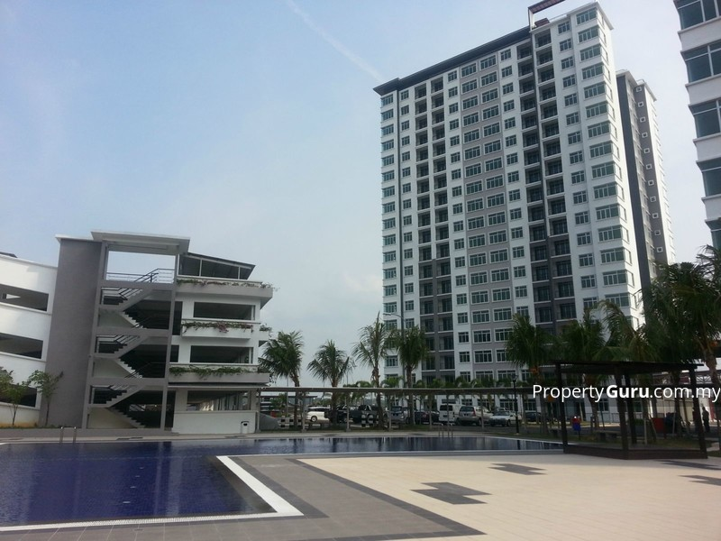 East Bay Luxury Apartment #0