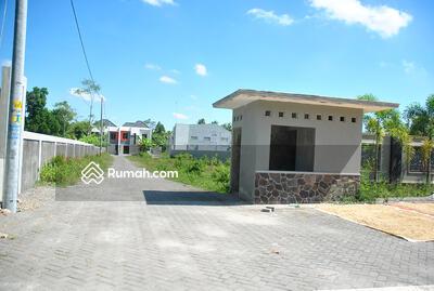 - Villa Green Village