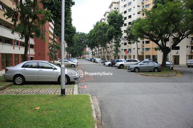 608 Ang Mo Kio Avenue 5 #0